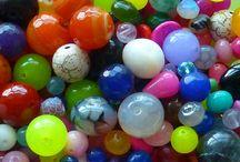 www.poppesperler.dk / Masser af lækre perler, smykkedele, 3D og meget mere :)) Kig ind på www.poppesperler.dk  Der er fyldt med masser af farver, inspiration og kreativitet jeg lægger stor vægt på super kvalitet til små penge, og masser af service :))