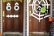Halloween Costumes & Decor / by Holly Walcutt