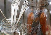 Astiakaappi ja astiat