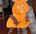 Easter bunny craft idea / This page has a lot of free Easter bunny craft idea for kids,parents and preschool teachers.
