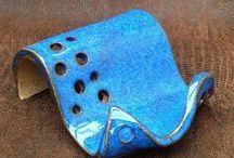 Porta cellulare ceramica e oggetti vari