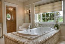 Master Bathrooms: Luxury Retreats