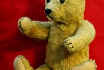 Antique Bears / I've always liked antique bears. / by Laura Earls