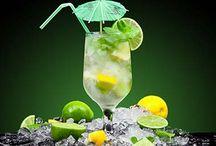 Svapococktail DIY / Classiche e originali: tutte le ricette dei cocktail più famosi, riadattate in versione vaping. Segui i consigli del Ricettario DEA!
