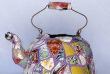 Mosaic teapots
