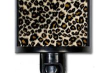Cool stuff for your home  / Travel mugs, flask, night lights.