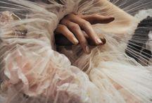 Mains du Monde / by Tiffani Nailon