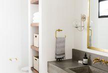 guest bathroom storage