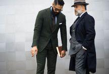 Мужчины, одетые