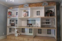 doll houses/furniture