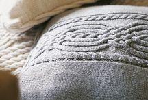Вязаный интерьер, пледы, подушки. / Вязание для дома
