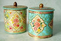 Tea Tins / Vintage collectables and my newest obsession.