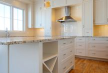 Kitchens / by Tricia Patterson