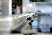 fabricamos en casa / somos fabricantes de ollas desde 1925.... ni mas ni menos que 88 años cubriendo todo el proceso de fabricación de nuestros productos.