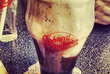 Crazy for Coca-Cola / In honor of National Beverage Day, we are celebrating our favorite images of Coca-cola in Johnny Rockets!