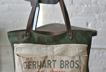 bags / by Jessica Granberg