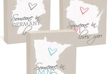 A Perfect Custom Gift / Sweet custom map gifts, ready to be given and loved! Choose the places you want to highlight and the colors....