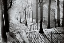 Paris .. Montmartre:* / Paris ... La vue ... Les pavé ...