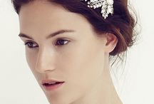 Wedding dresses and accessories / Nuptial fashion