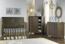 Farmhouse Chic Budget Friendly Nursery Ideas / Farmhouse Chic is the hottest style for comfortable, cozy living. We have some great furniture and decorating ideas that won't break the bank and will give you the farmhouse chic style.