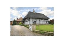 Thatched! / Properties that we have on the market that are thatched