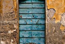 Doors, knobs & knockers