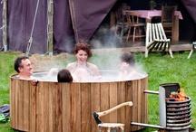 Wellness in de tuin / Hottub, zwemvijver, zwembad, buitensauna,  buitendouche