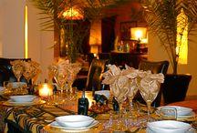 Restauration et Bar / Bienvenu a la ville rouge dans la Kasbah Al Mendili Marrakech, pour profitez des plats à la fois complets et variés dans un environnement dépaysant. Nous mettons à votre disposition un patio marocain, à l'ombre des oliviers ou à la lueur des étoiles, dans le seule but de vous satisfaire.  / by Riad Al Mendili Kasbah