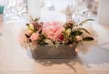 decorations of tables / Ce tableau regroupe les décorations de tables, fleurs, objets divers, vases, photophores ....par l'atelier déco'ps
