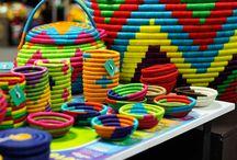25 productos artesanales en #Expoartesanías 2015 / El talento y la creatividad de nuestros artesanos que se refleja en cada pieza artesanal, lleva consigo la magia de la tradición y la cultura Colombiana. ¡Estos fueron algunos de los productos que nos inspiraron en #Expoartesanías 2015!