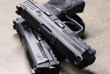 Fegyver,Gun