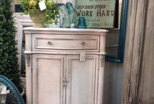 Painted furniture / by Joan Barnes