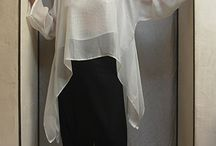 blusa blanca .