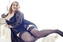 Curvy mature BBW sex models