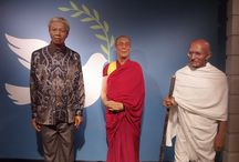 Madame Tussauds / A collection of wax figures that you can find in every Madam Tussauds in the world