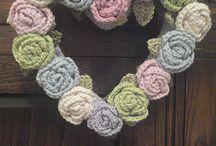 crochet door christmas wreaths