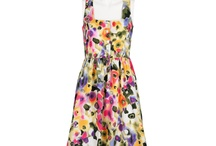 Printed Dresses / Love printed dresses or not? Here share beautiful amazing long/short printed dresses for girls and ladies.
