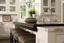 Kitchens / by Jessica Fitz
