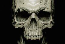 skull and pairats