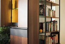 Bar Cointreau / Desenho de mobiliário de bar, estantes e banco para apartamento.