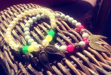 BRACELETS LAPETIEN / #FriendshipBracelets #BraceletsForFun #BraceletsLucky #BraceletsForAbundance #BraceletsOfLove #BraceletsForYou #BuddhaStyle #HamsaStyle #FatimaHand #Hamsa #Buddha #PerfektGift