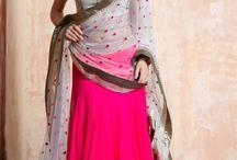 Desi Vibe / Simple, Elegant & Unerstated.
