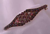 Antique & Vintage Bangles/Bracelets