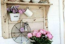 Shabby, country, elegance / Interni, mobili, soluzioni graziose d romantiche