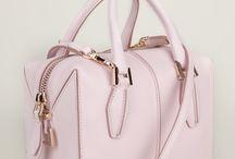 kabelky a tasky