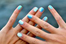 Nail nail >. <