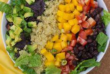 Eat // Salad / by Emma Sadiwskyj-Frewer