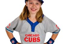 Chicago Cubs Baseball #flythew #cubswin / Cubs win, cubs win! Chicago Cubs inspired Halloween costumes, party playoff run