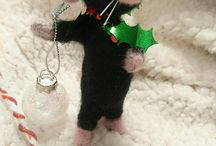 needle felted Christmas rat mouse needle felted / needle felted Christmas rat mouse cute needle felted character