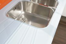 Kitchens / splashbacks and worktops in DECO GLAZE glass
